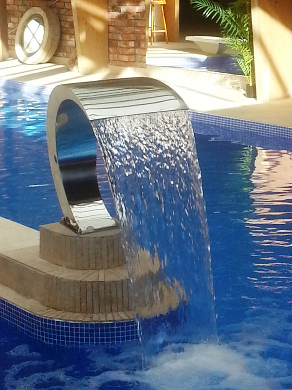 Ideas for planning your new out door swimming pool for Pool design company radom polen